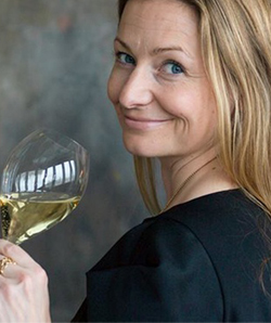 essi avellan dissertation About essi avellan mw essi avellan is finland's first master of wine recognized as a champagne and sparkling wine specialist, avellan is the author of several wine books, including matka champagneen and parhaat samppanjat.