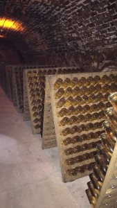Cristal on the lees in the cellar
