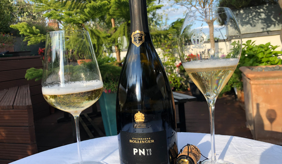 Bollinger PN VZ15 - Compared in Two Glasses